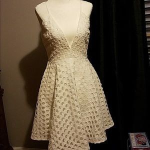 NWOT Lucy Paris Eyelet Lace Dress